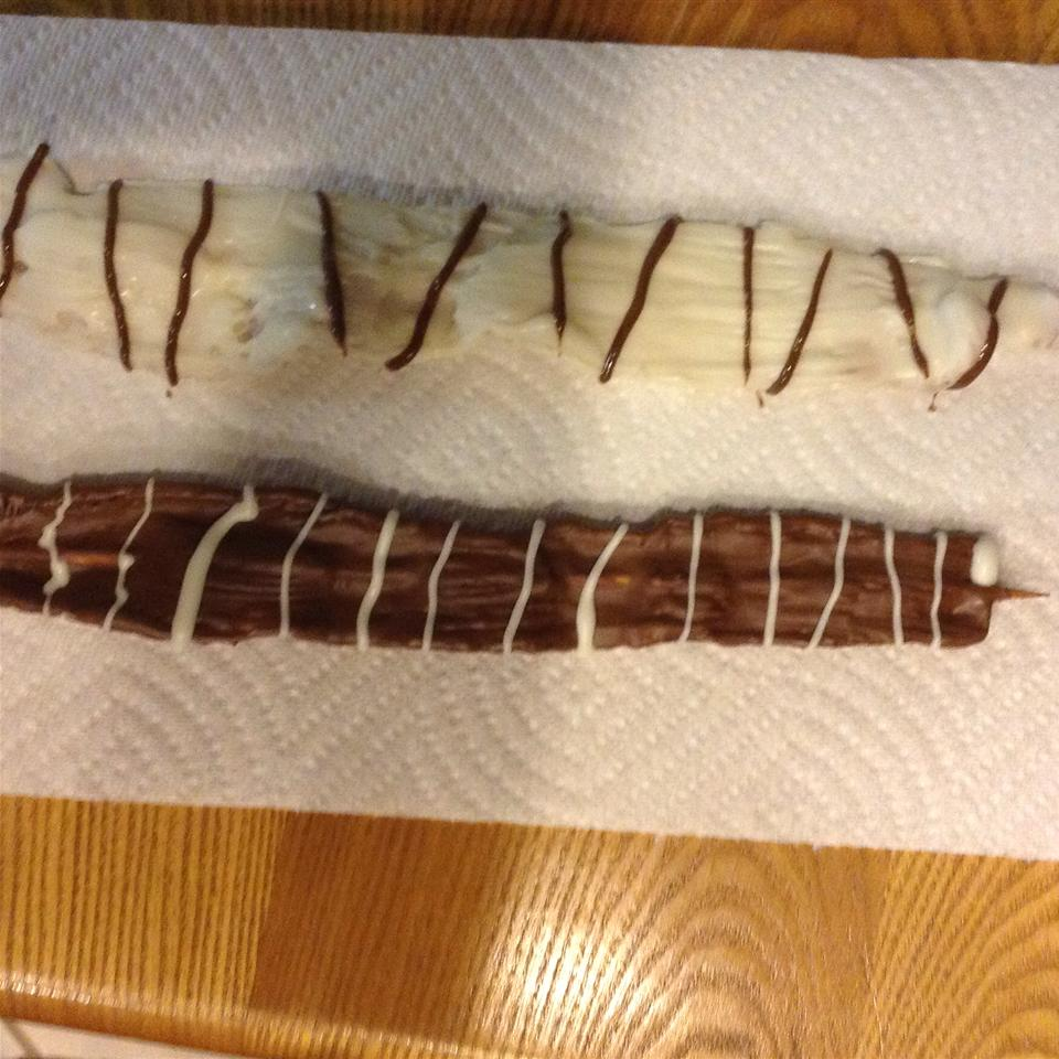 Chocolate Covered Bacon Strips tmb61877