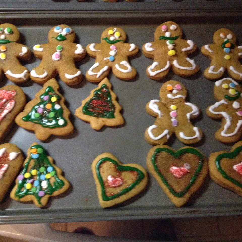 Gingerbread Cookies II achaffecombe