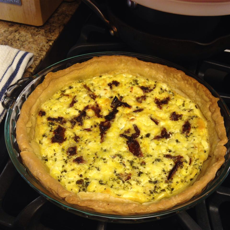 Pesto, Goat Cheese, and Sun-dried Tomatoes Quiche