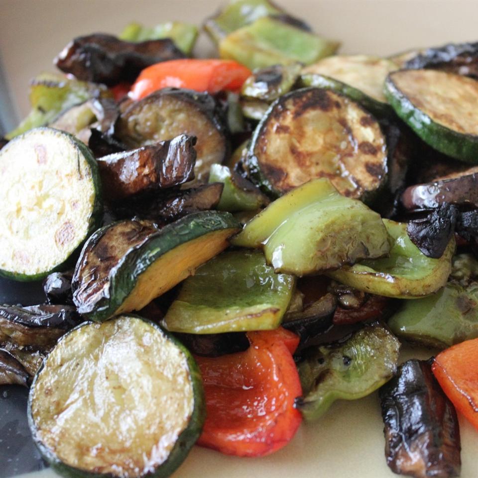 Grilled Vegetables with Balsamic Vinegar mommyluvs2cook