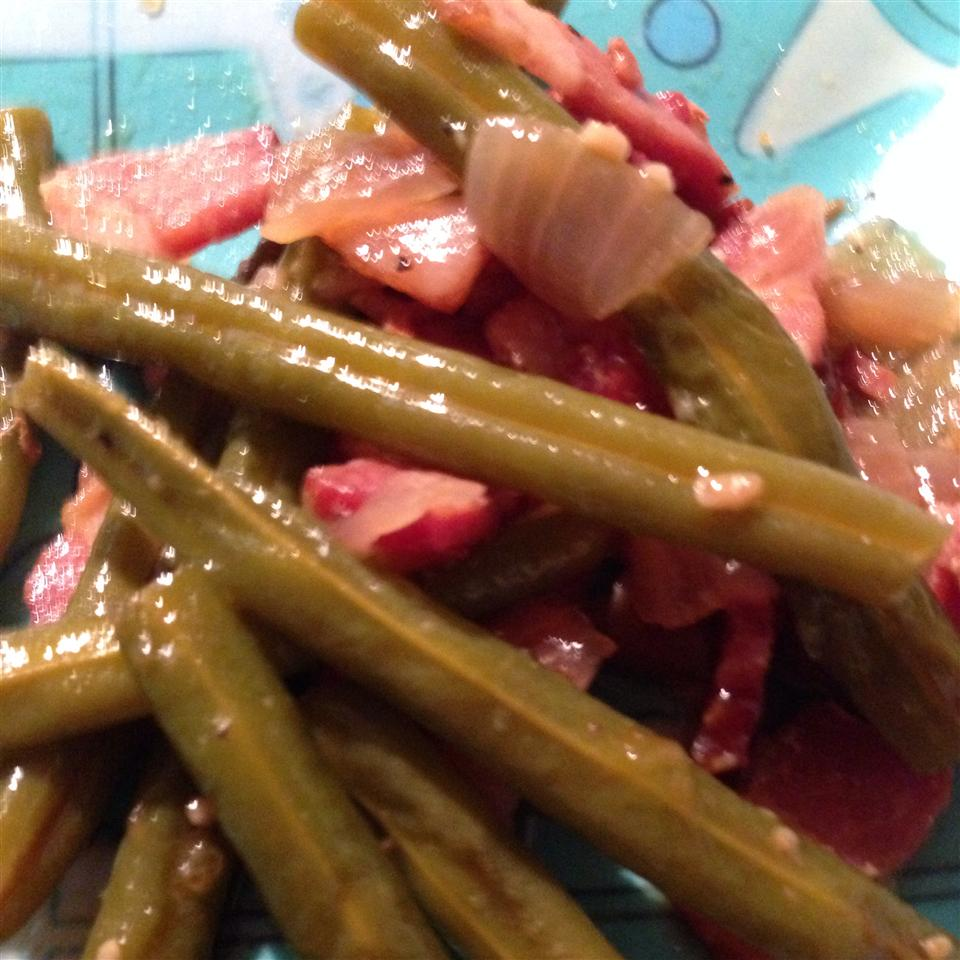 Slow-Cooked Green Beans lisa