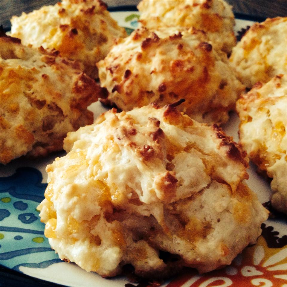 Cheddar Onion Drop Biscuits lizzo84