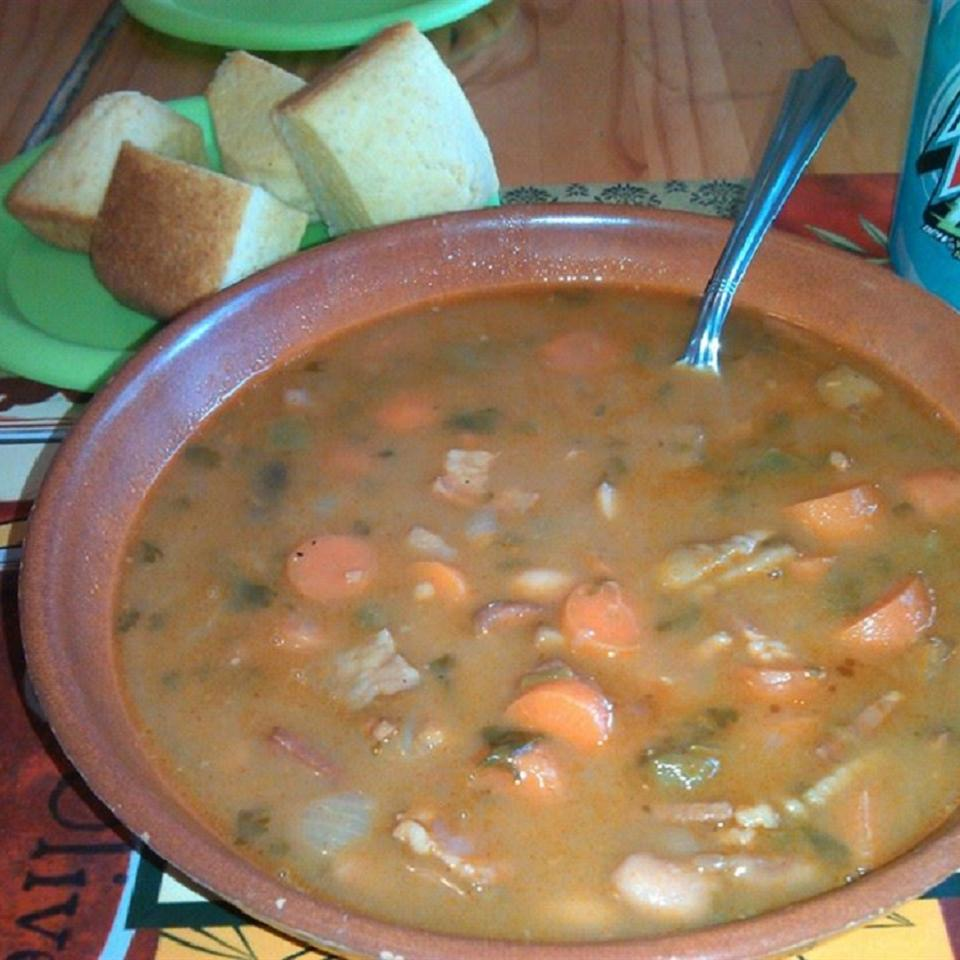 Spicy Bean with Bacon Soup Diane Stark Childress