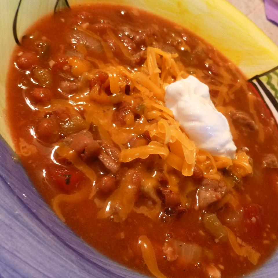 Frank's Spicy Alabama Onion Beer Chili AcaCandy