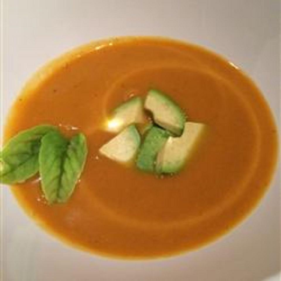 Spicy Curried Sweet Potato Soup (Paleo and GF Approved)