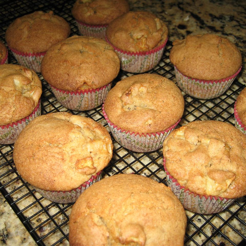 Hunnybunch's Special Apple Muffins