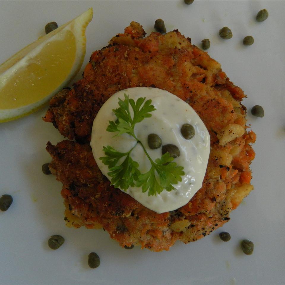 Chef John's Salmon Cakes mauigirl