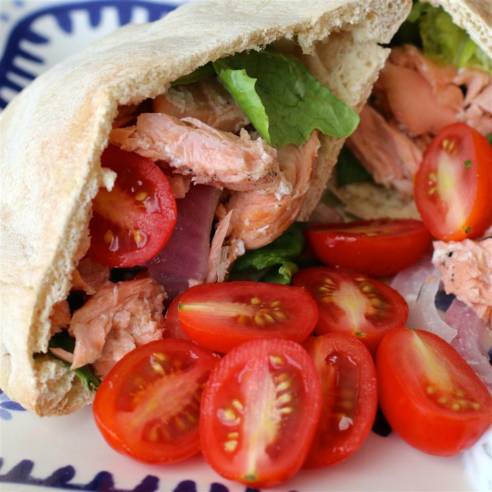 Grilled Salmon Greek Pitas My Hot Southern Mess
