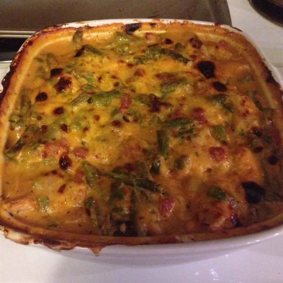 Cheesy Chicken Asparagus Casserole MizzChrizz
