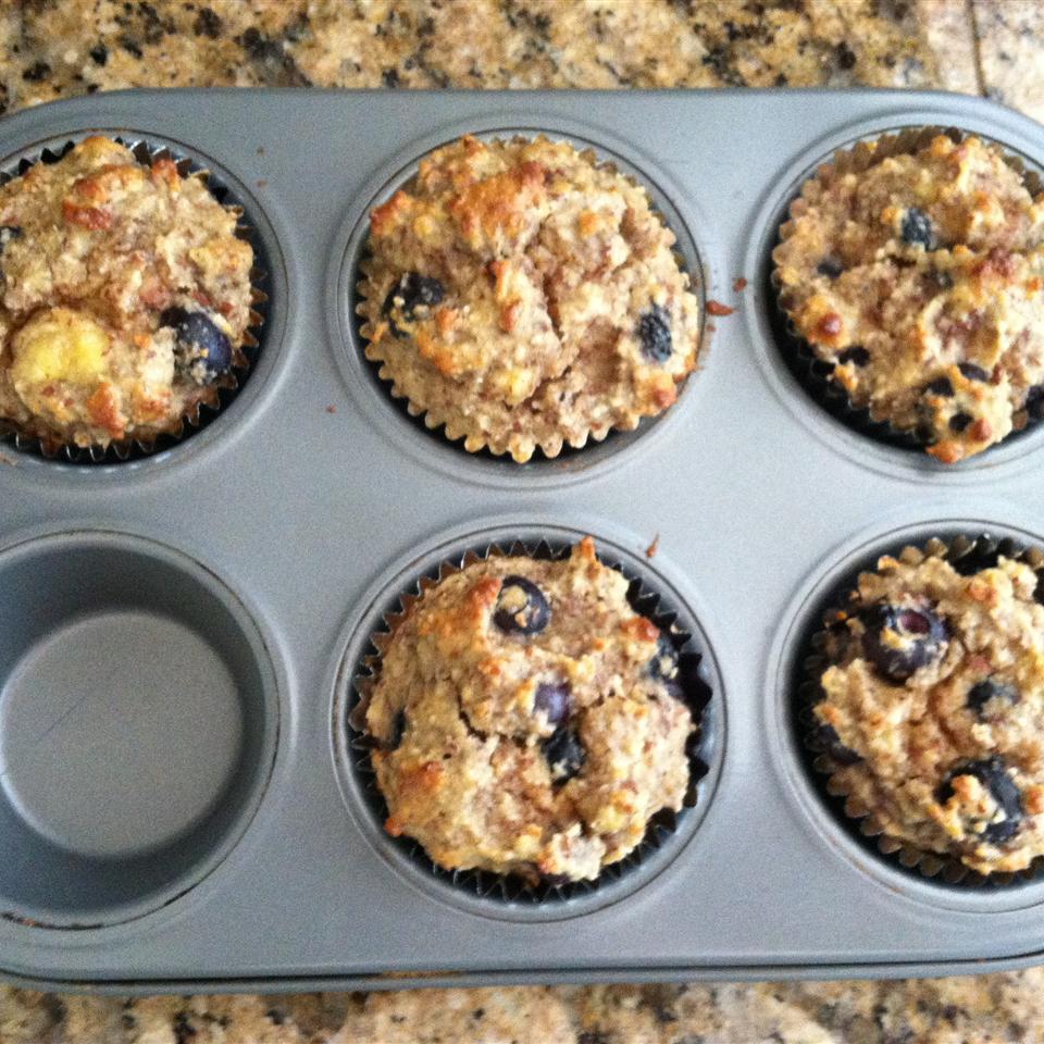 Banana Blueberry Almond Flour Muffins (Gluten-Free) jessafries