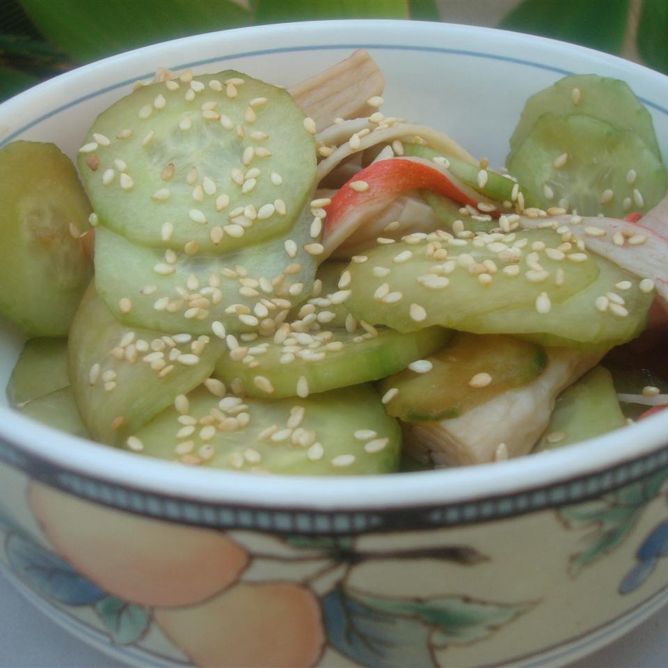 Sunomono (Japanese Cucumber and Seafood Salad) xerxes2695