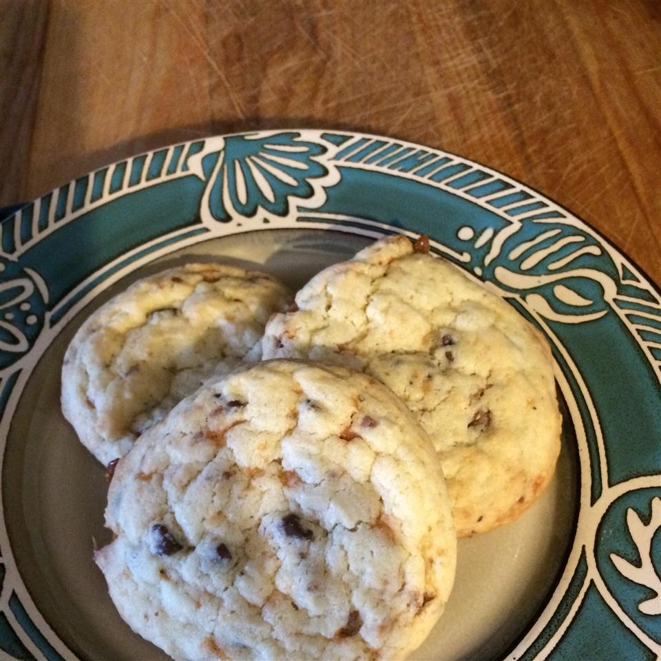 Butterfinger Cookies susan