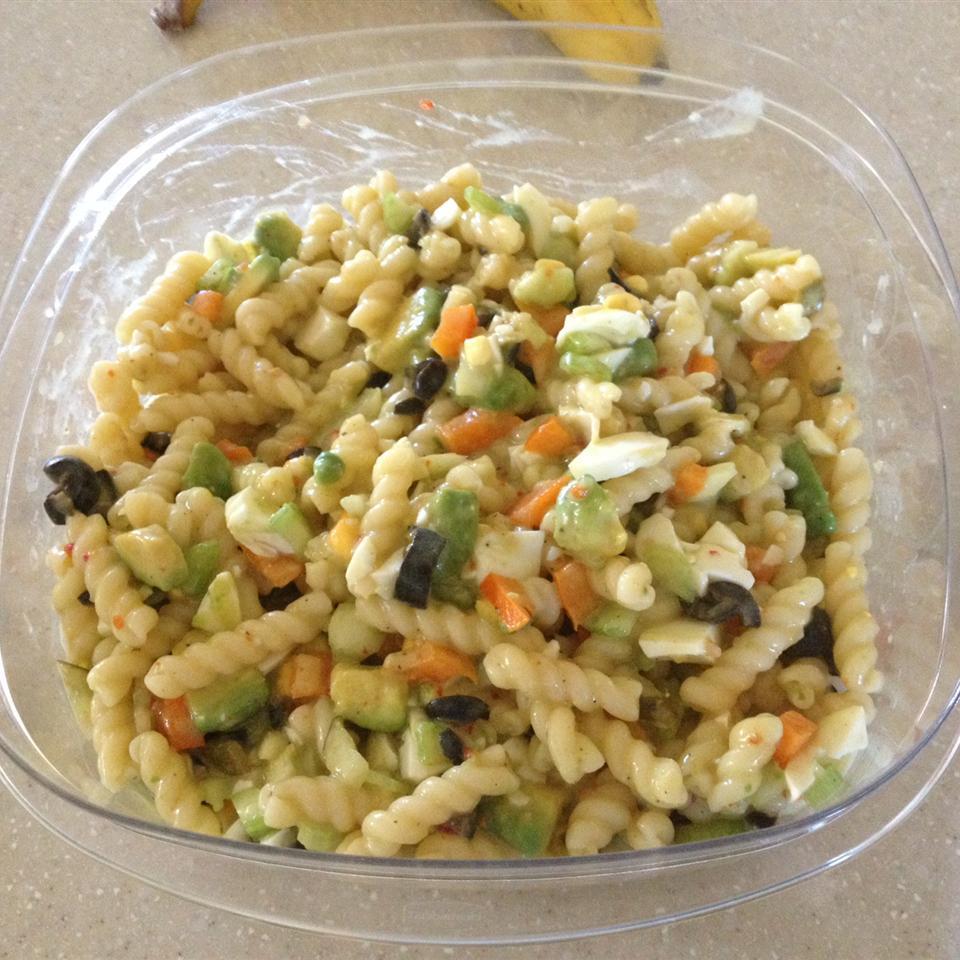 Simple Macaroni Salad with Egg