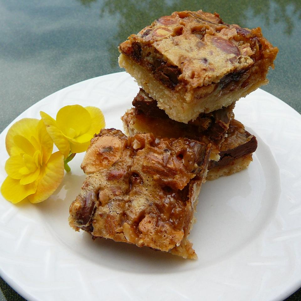 Mona's English Toffee Cookie Bars Molly