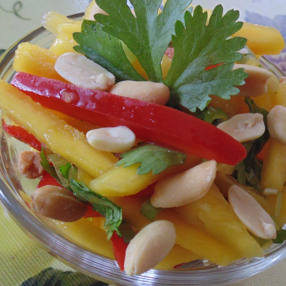 Easy Mango Salad