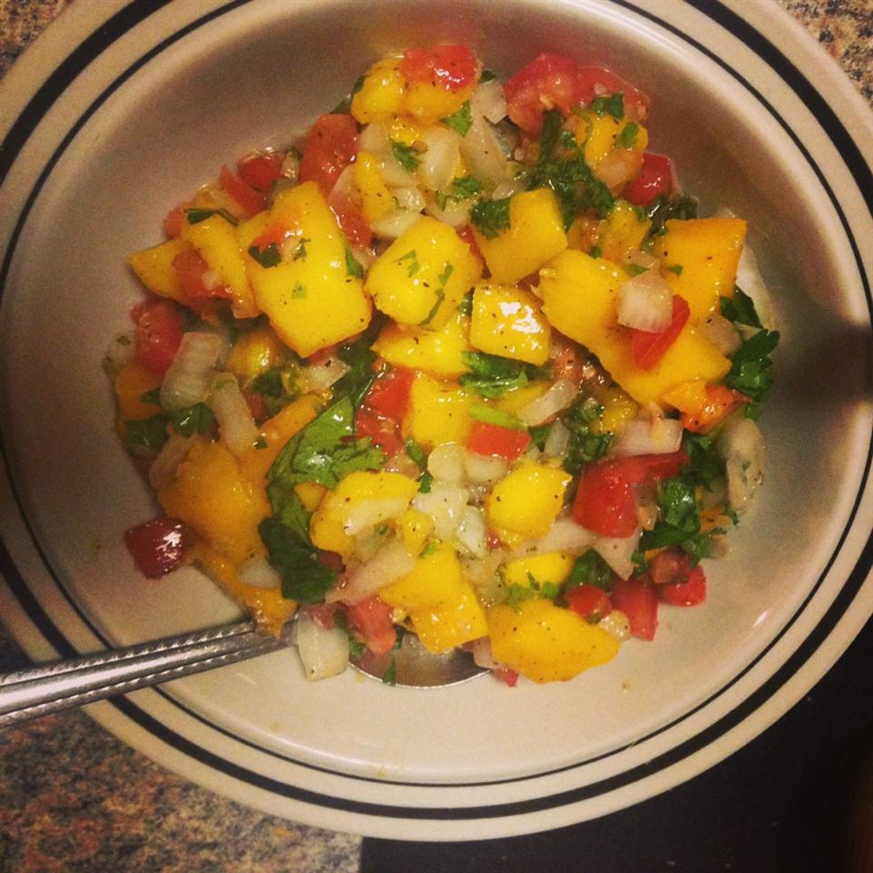 Fresh Mango Salsa Bonnie King