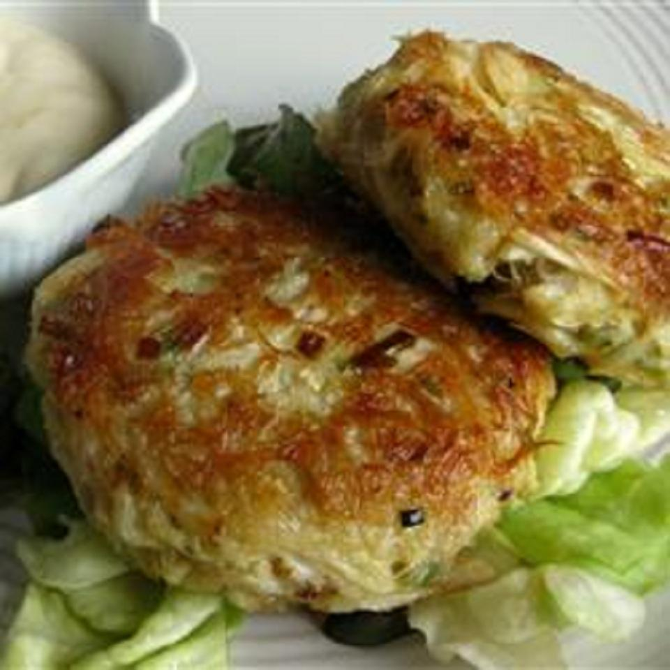 Low-Carb Tuna and Mackerel Cakes bugsmom