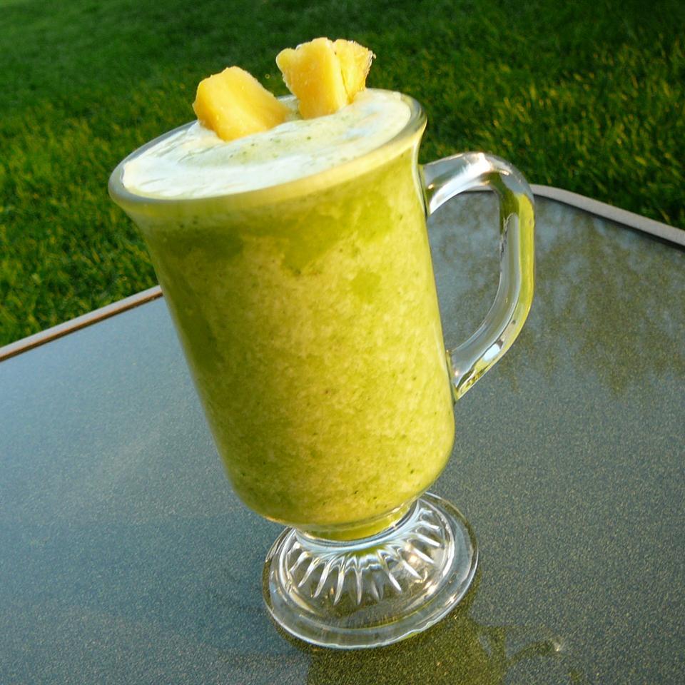 Banana Pineapple Green Blend