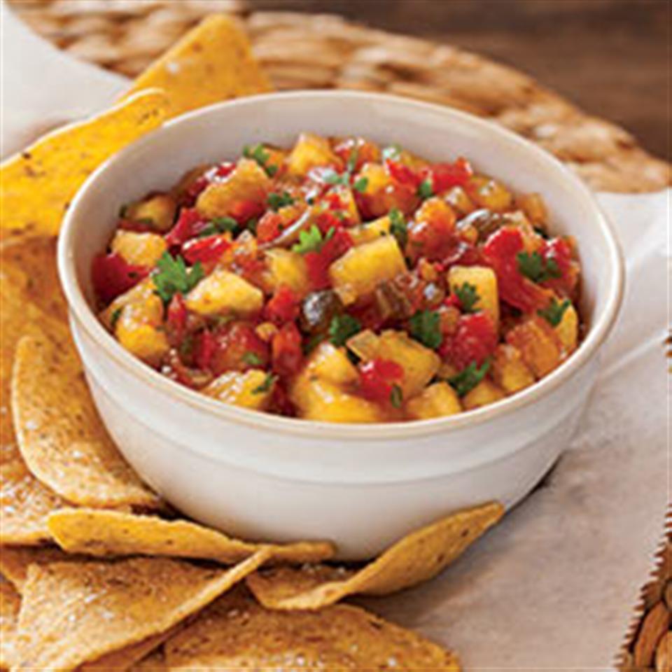 Sweet 'n' Hot Pineapple Salsa