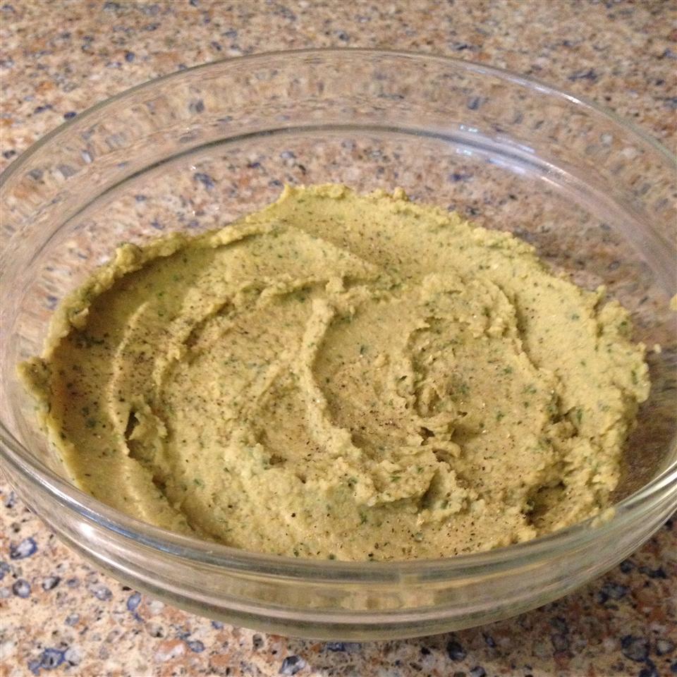 Basil and Pesto Hummus SarahRosalee