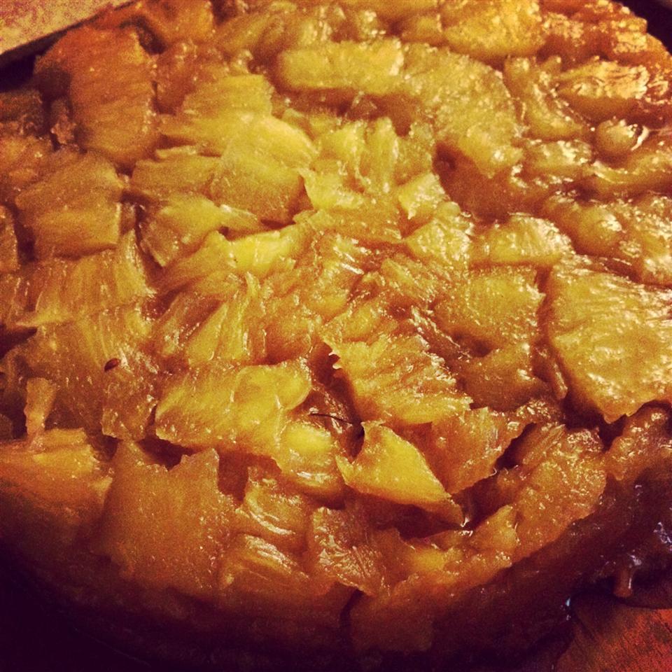 Fresh Pineapple Upside Down Cake tabbrew