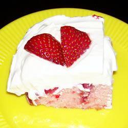 Strawberry Refrigerator Cake YolandaRenee