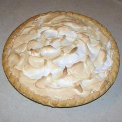 Chocolate Meringue Pie staceywatts