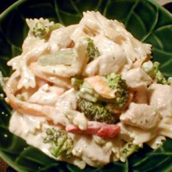 Chicken and Bow Tie Pasta Sola