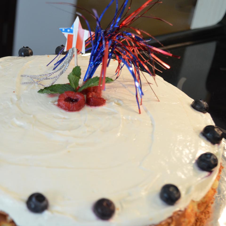 PHILADELPHIA Vanilla Mousse Cheesecake Holiday Baker