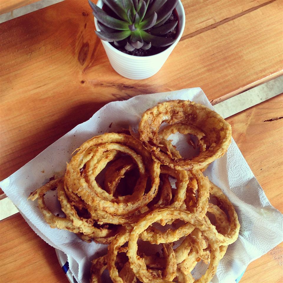 Grandma's Onion Rings (Southern Style)