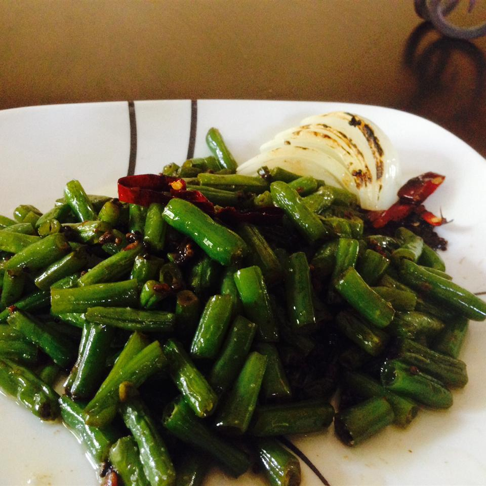 Spicy Indian (Gujarati) Green Beans user23890382908