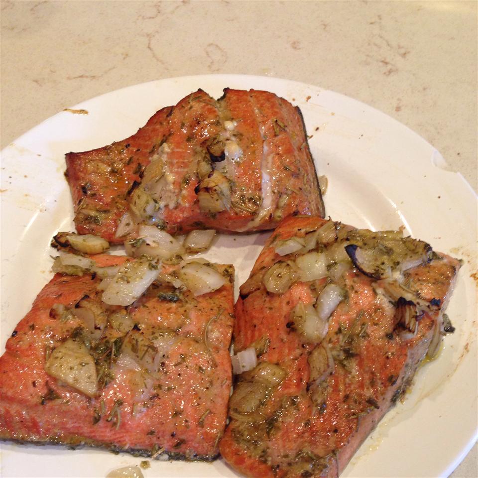 Grilled Salmon Jennla