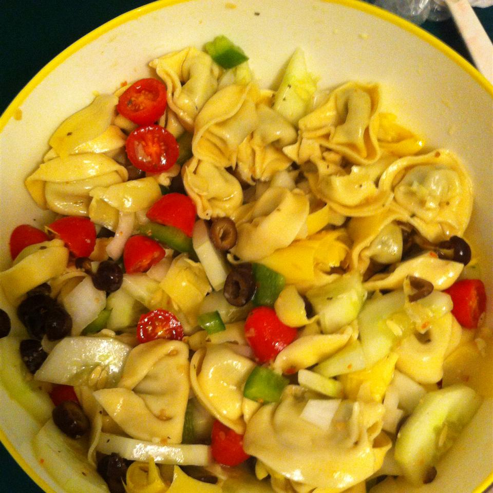 Easy Tortellini Salad ash ley