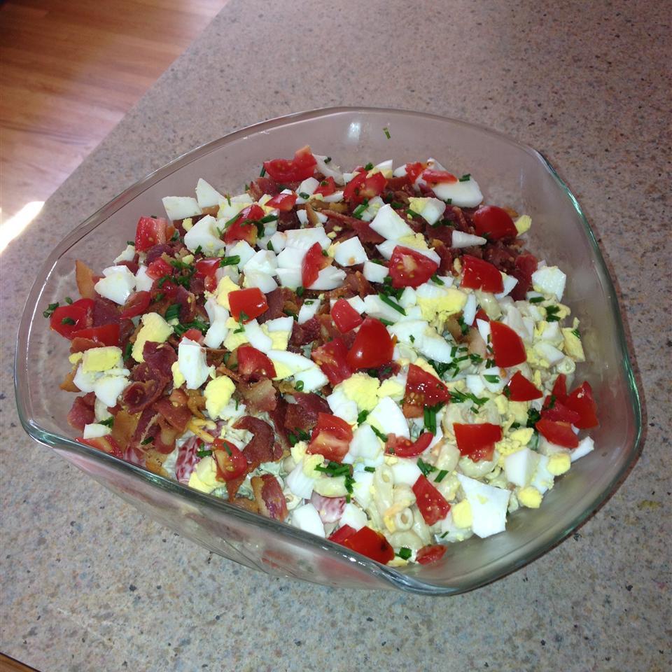Bacon, Lettuce, and Tomato Macaroni Salad