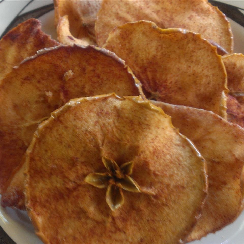 Baked Apple Chips StickySue