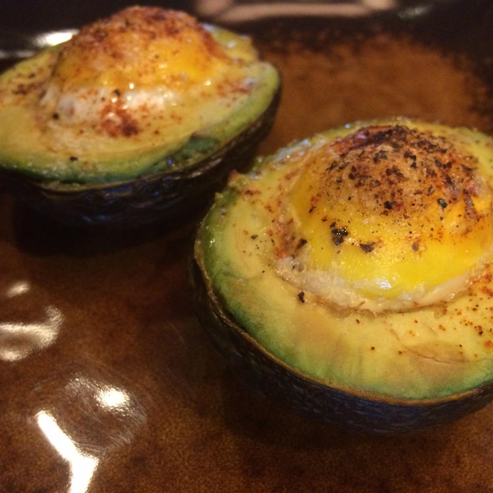 Avocado Baked Eggs Kelly