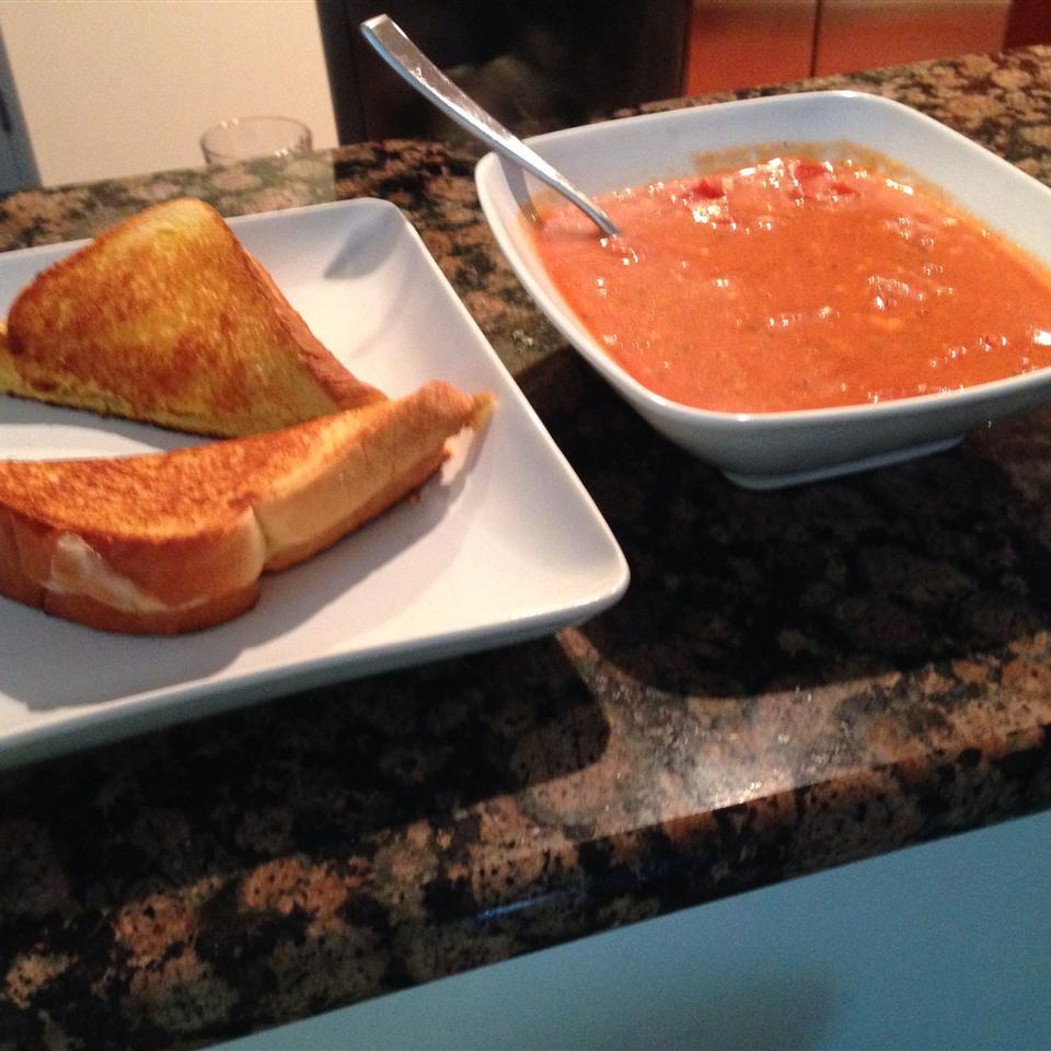Cream of Tomato Gorgonzola Soup Elena's cooking recipes