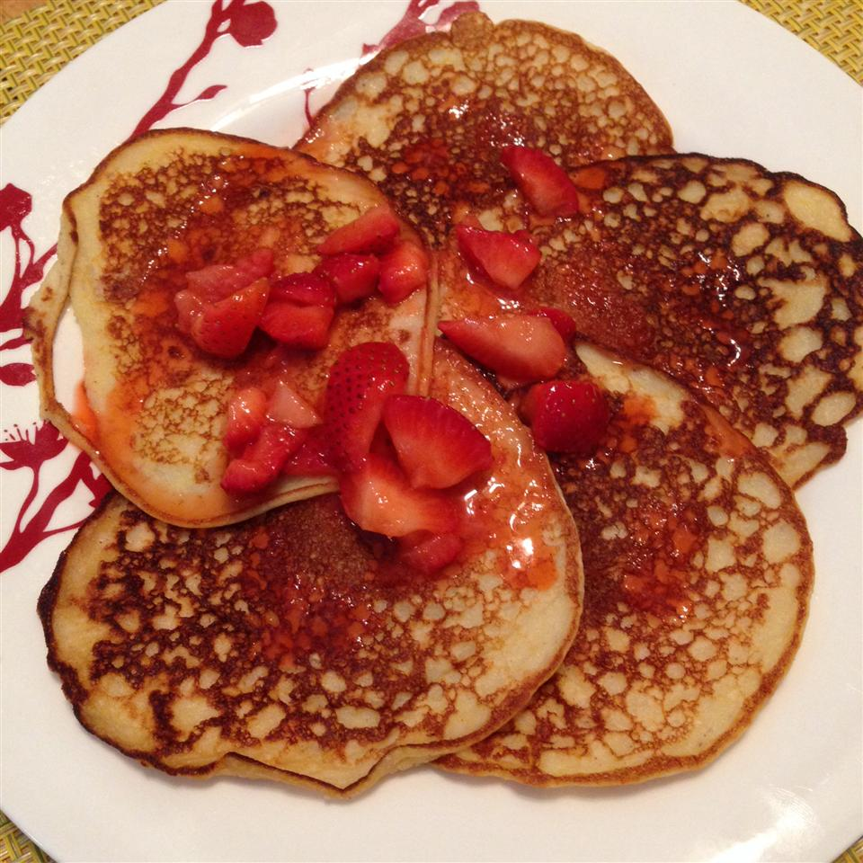 Lemon Ricotta Pancakes with Blueberry Sauce Patgaik