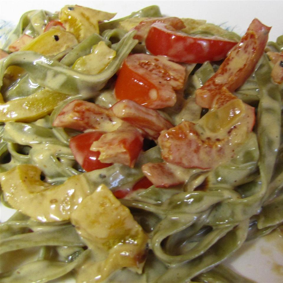 Fettuccine with Sweet Pepper-Cayenne Sauce MaryLeigh
