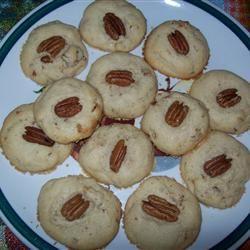 Butter Pecan Cookies Kelly
