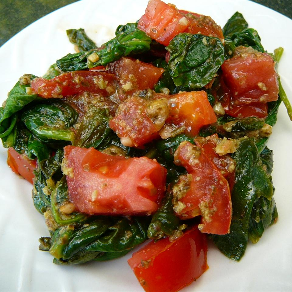 Pesto Spinach and Tomatoes