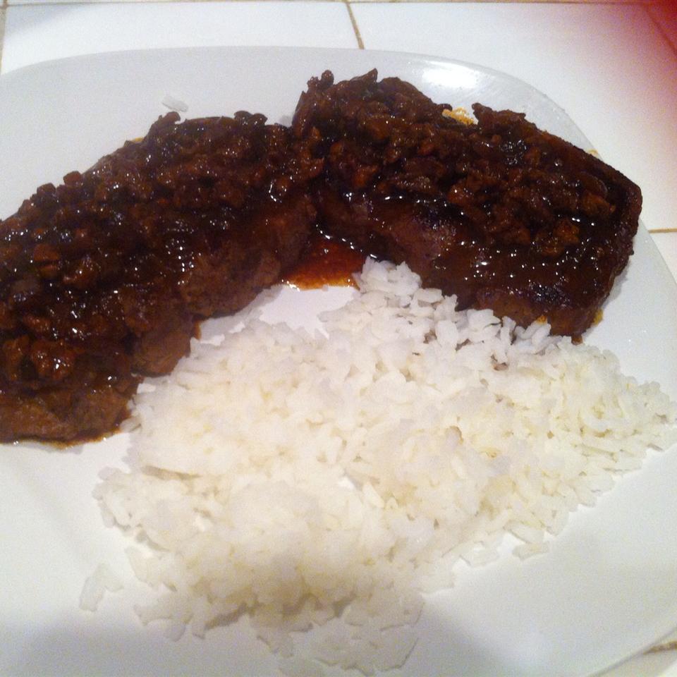 Manhattan Filet with Pan Sauce Bordelaise