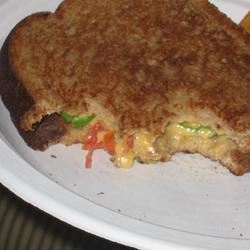Grilled Cheese with Tomato, Peppers and Basil mommyluvs2cook