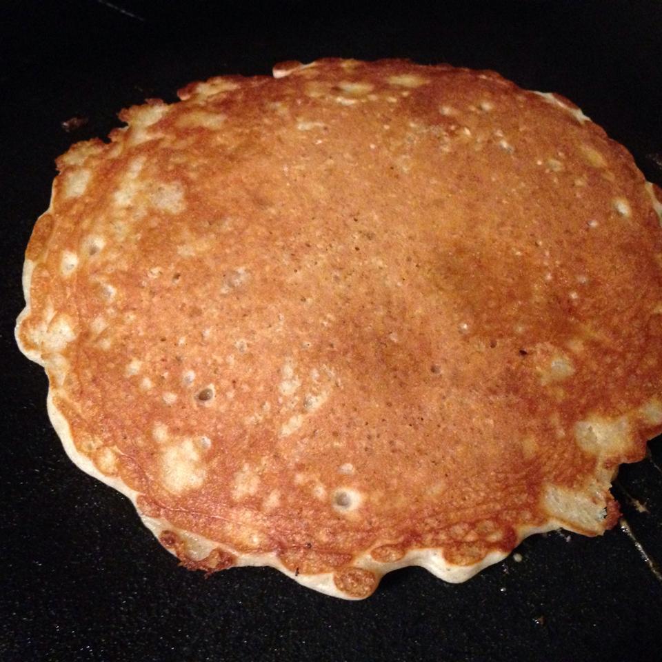Overnight Raisin Oatmeal Pancakes JAZZYJEN