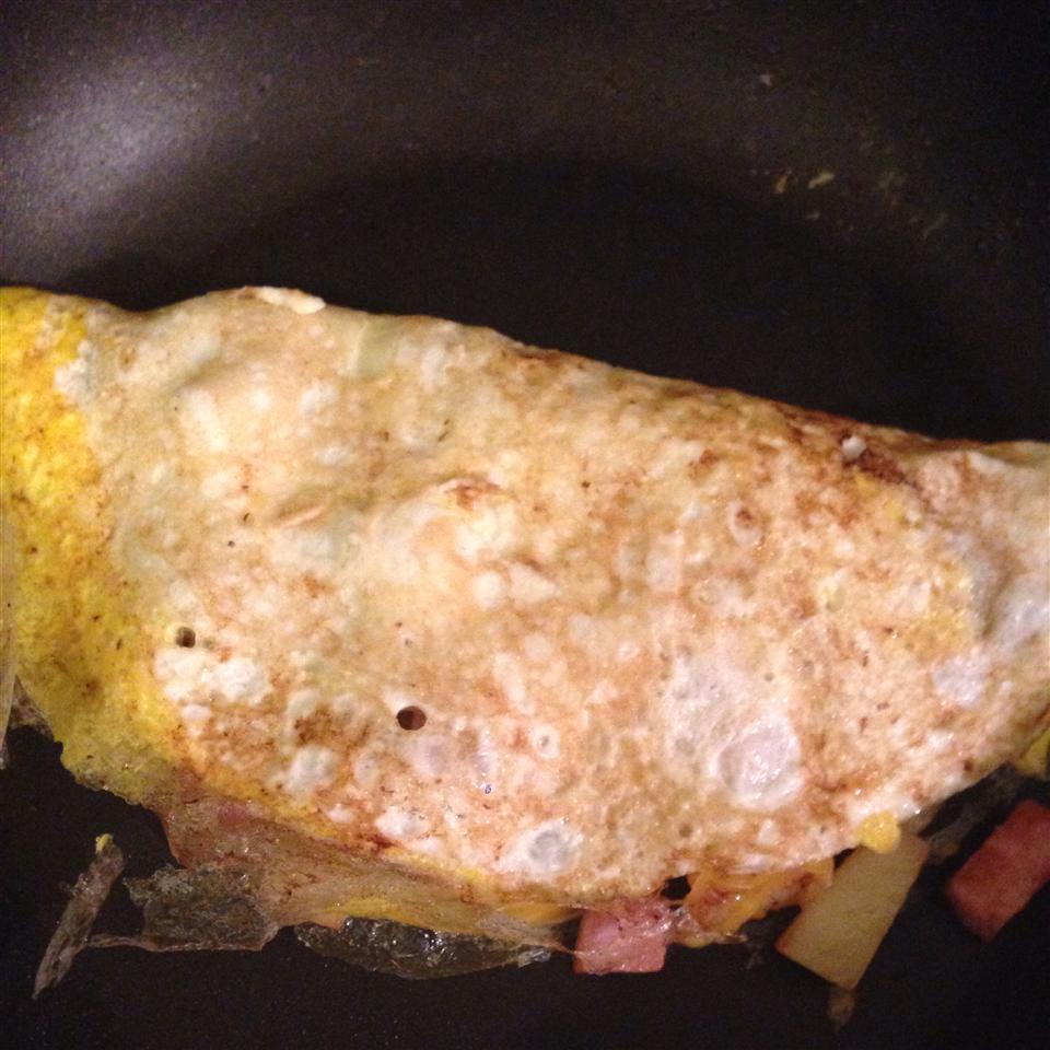 Delicious Ham Omelette candicenichole