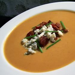 Velvety Pumpkin Soup With Blue Cheese and Bacon lis36d