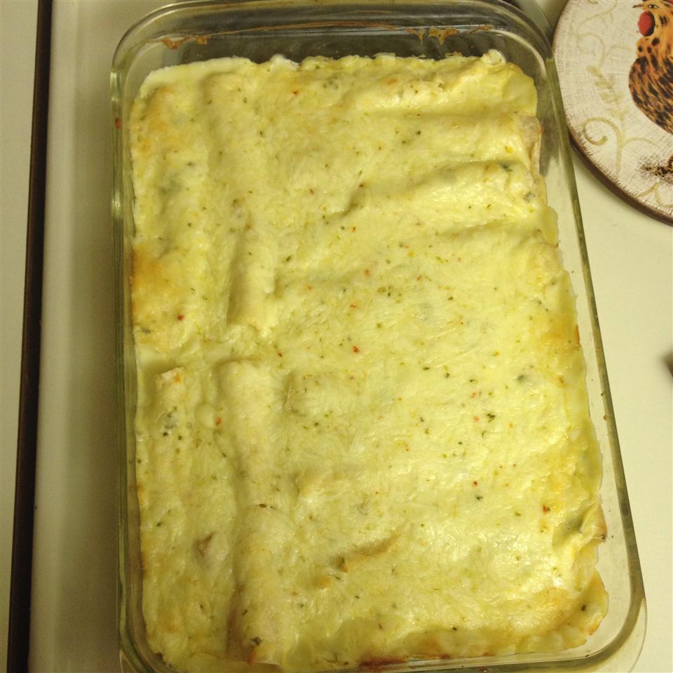 Low-Fat Sour Cream Chicken Enchiladas melrose9781