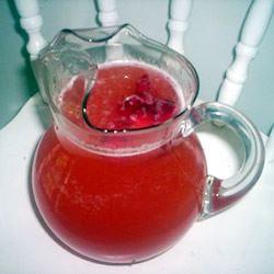 Easy Strawberry Lemonade
