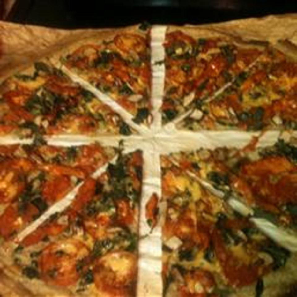 Matt's Marinated Chicken Spinach Pizza - Quick, Pourable Crust
