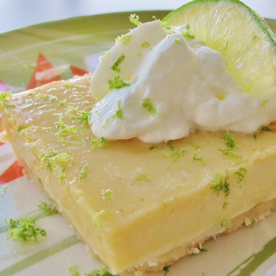 White Chocolate Key Lime Endeavor with Macadamia Crunch